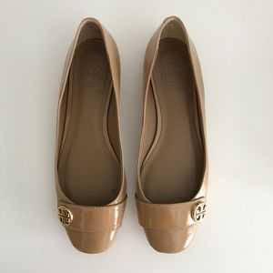 Tory Burch Nude Patent Leather Andi Flats